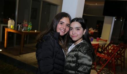 Mía y Andrea.