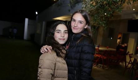 Camila y Belén.