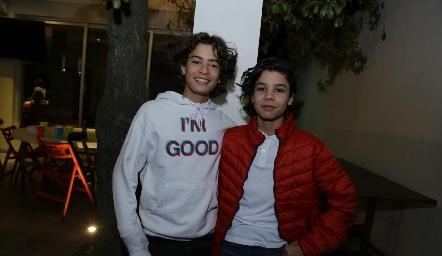 Manuel y Mau.