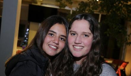 Mía y Kamila.