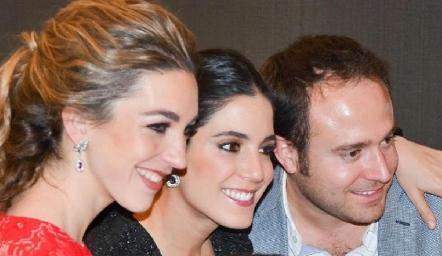 Mónica Garza, Maribel Rodríguez, Diego y Fernando De Luna.