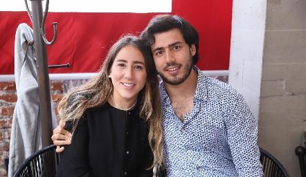 Diana Torres y Gabriel Torres.