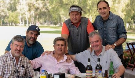 Fernando, Humberto y Juan Carlos Abaroa, Oscar Zermeño, Galo Galván y Juan Hernández.