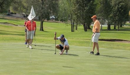 Disfrutando del Golf.