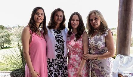 Ale Portales, Maru Jiménez, Bárbara Portales y Luz González.