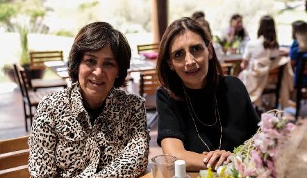 Miriam Bravo y Sofía Díaz.