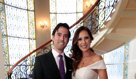 Alejandro González Rangel y Estefanía Gutiérrez ya son esposos.