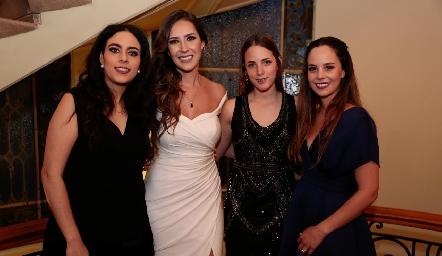 Lula Torres, Estefanía Gutiérrez, Rebeca Acosta y Alynn Ruiz.
