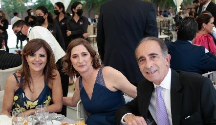 Paty Silos, Mónica y José Medlich.