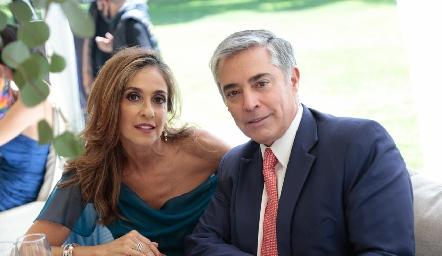 Mónica Gaviño y Gerardo Serrano.