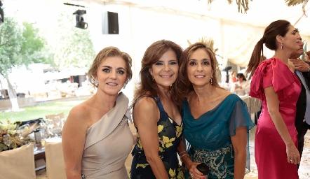 Adriana Carrera, Paty Silos y Mónica Gaviño.