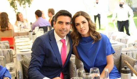 Manuel Labastida y Eunice Camacho.