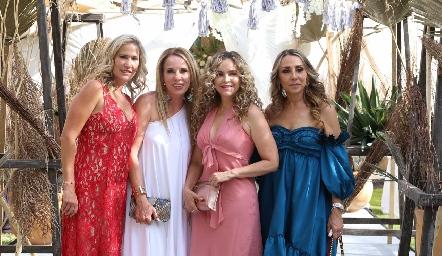 Claudia Quiroz, Lupita Pereda, Gaby Serment y Roxana Serna.