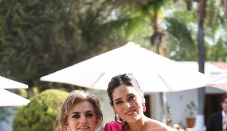 Adriana Carrera y Maribel Lozano.