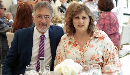 Janos Abud y Katerine Barret.