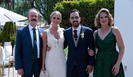 Sergio e Ingrid Velasco, Rafael Olmos y Pupi Zwiegger de Velasco.