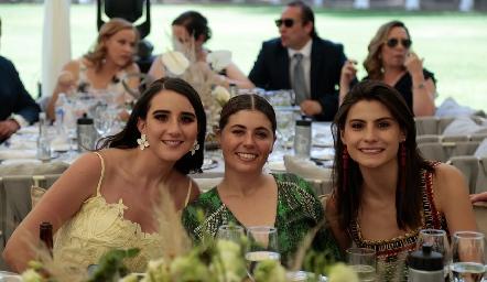 Claudette Mahbub, Mariela Motilla y Tere Cadena.