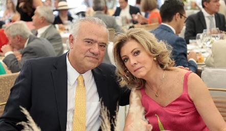 Manolo Lorca y Ana Meade.