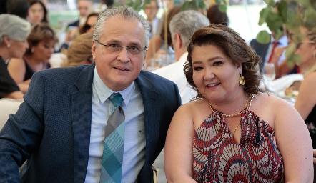 Carlos Brueggeroff y Mónica Berlanga.