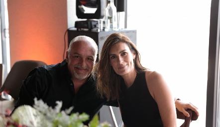 Juan Gárate y Lorena Hernández.