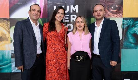 Enrique Estrada, Gina del Toro, Marisol Ontiveros y César Estrada.