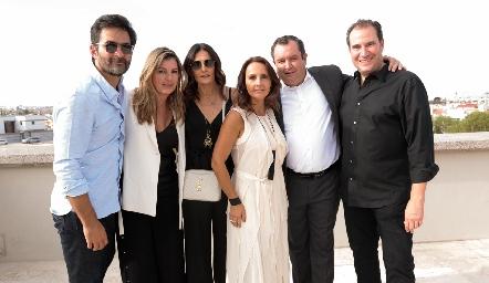 Mario Macías, Consuelo Fernández, Claudia Artolózaga, Cristina Villalobos, Humberto Abaroa y Luis Nava.