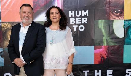 Hugo de Anda y Martha Elena Meade.