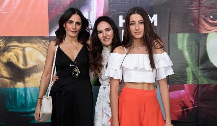 Claudia Artolózaga, Ana Paula Valdés y Marina Nieto.