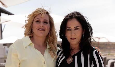 Karla Guerra y Verónica Conde.