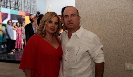 Karla Saucedo y Carlos Heinze.