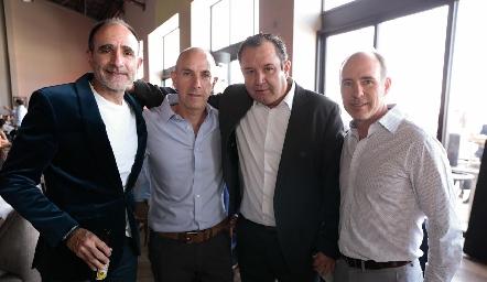 Juan Carlos Abaroa, Juan Carlos Nieto, Humberto Abaroa y Pablo Díaz del Castillo.