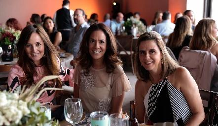 Paulina Quiroz, Delia Iduarte y Rocío Gallegos.