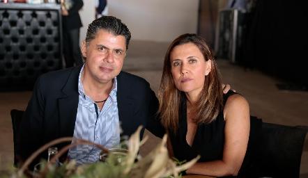 Valentín Hernández y Damaris Navia.