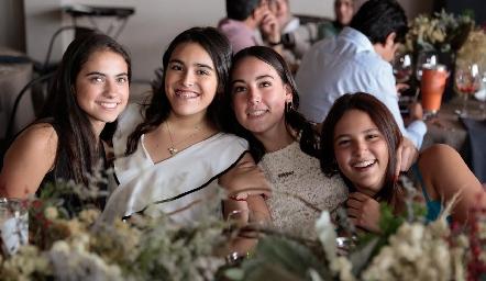 Marijó Medina, Marijó García, Regina González y Regina de Anda.