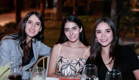 Paola Cuevas, Karime Maqueo y Karla Villalpando.