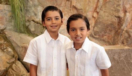 Gonzalo y Pablo Martínez Galarza .