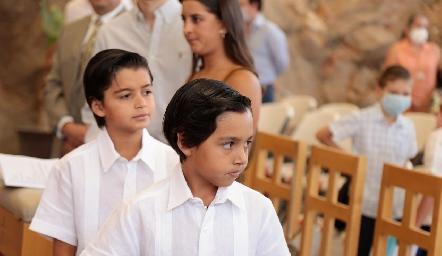 Primera Comunión de Gonzalo y Pablo Martínez Galarza.