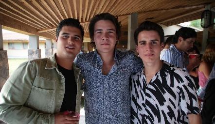 JP Piñero, Mauricio Buendía y Emiliano Pérez.