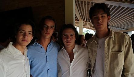 Emilio Castro, Bernardo Pérez, Diego Buendía y Esteban Artolózaga.
