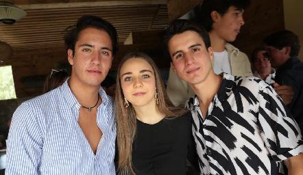 Roberto Silva, Joaquina Morales y Emiliano Pérez.