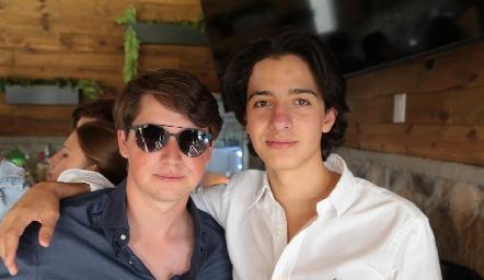 Manuel Toledo y Emilio Castro.