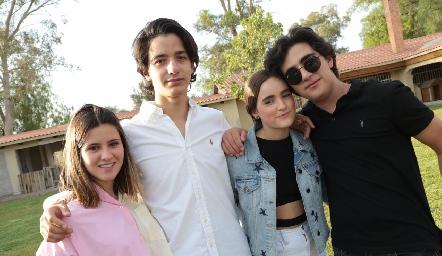 Isabela Navarro, Emilio Castro, Lorena de la Garza y Ale.