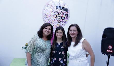 Alejandra Saiz, María Villasuso y Verónica Saiz.