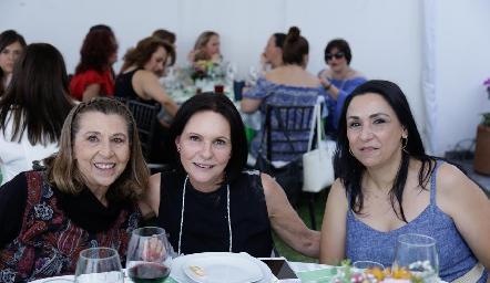 Alicia Jiménez, Cecilia Jiménez y Ana Mary Flores.