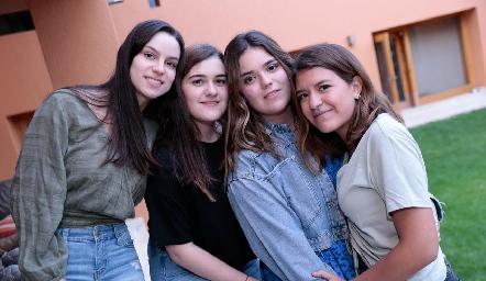 Paty Leos, Christianne Cambeses, Carlota de la Garza y Regina Martínez.