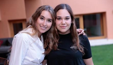 Sofía Vallejo y Mishelle Compean.