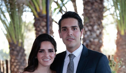 Adriana Olmos y Mauricio Tobías ya son esposos.