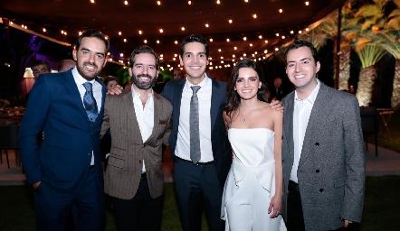 Rafael Olmos, Joaquín Olmos, Mauricio Tobías, Adriana Olmos y José Julián Olmos.
