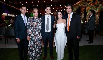 Diego, Mimí, Mauricio, Adriana y Horacio Tobías.