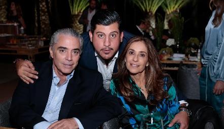 Gerardo Serrano, Toro Gómez y Mónica Gaviño.